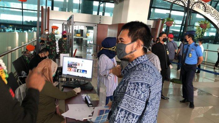 Sanksi Berat Menanti Penumpang yang Nekat tak Pakai Masker dalam Penerbangan