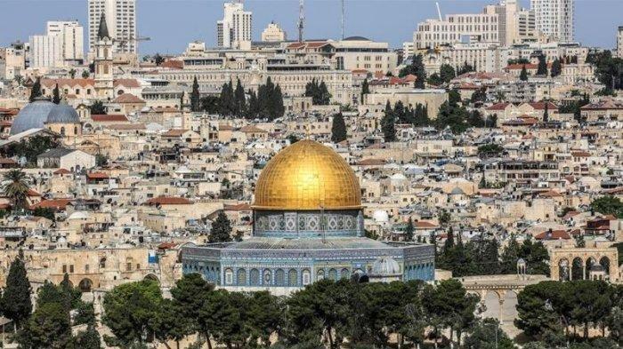 2,5 Bulan Tutup, Masjidil Aqsa di Palestina Kembali Dibuka, 700 Umat Muslim Sholat Subuh Berjamaah