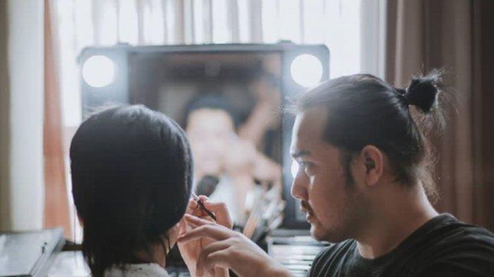 Ingin Tampilan Pengantin Maksimal di hari-H? Ini Tips dan Langkah Make Up dari MUA Deni Ftian