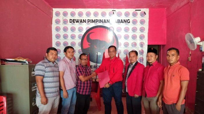 Maju di Pilkada Bungo 2020, Mashuri Susul Riduwan Ibrahim Daftar ke PDIP