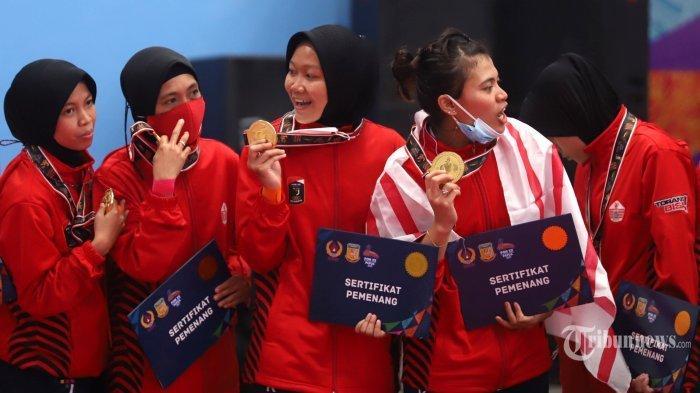 Tim sepak takraw putri DKI Jakarta berhasil menjuarai final sepak takraw ganda putri beregu PON XX Papua 2021 di GOR Trikora Universitas Cenderawasih, Kota Jayapura, Papua, Rabu (29/9/2021)