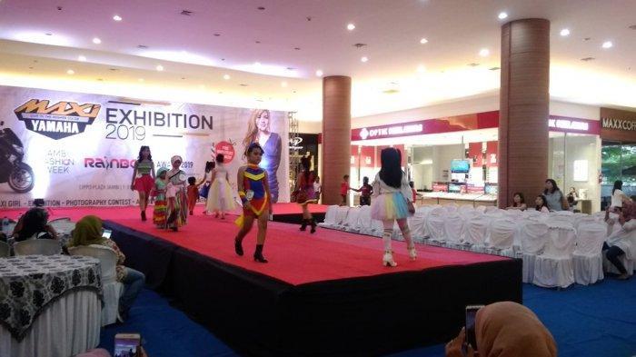 Semarak Momen Liburan di Lippo Plaza Jambi, dari Fashion Show hingga Singing Performance
