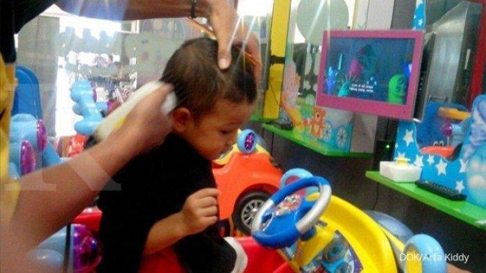 Cara Membasmi Kutu Rambut, Pilih Pakai Obat atau Cara Manual?