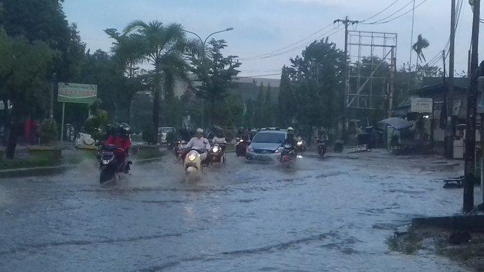 Warga Minta Buatkan Parit di Jalan Pattimura, Ini Jawaban Humas Dinas PUPR Jambi