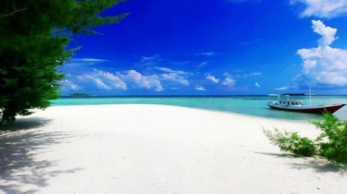 Pengen Snorkling? Karimunjawa Suguhkan 5 Destinasi Menyelam Seru