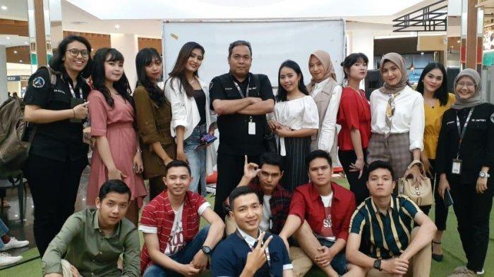 13 Pegawai Transmart Jambi Jadi Model Fashion Show Christmas