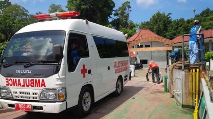 Kejadian Mistis - Arwah Orang Meninggal Mengikuti Sopir Ambulan Hingga Pengalaman Nabrak Tebing