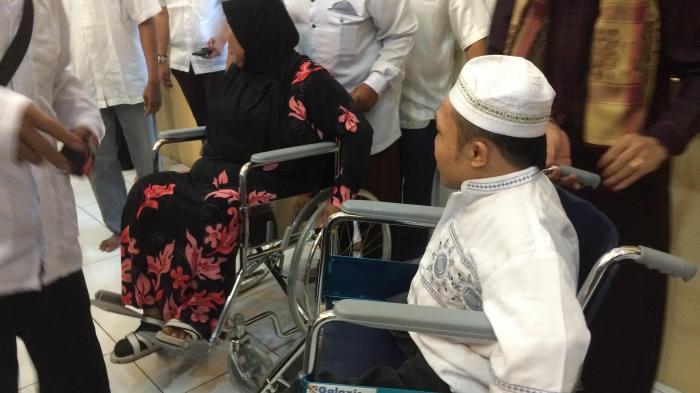 Pemkot Jambi Beri Bantuan 10 Kursi Roda untuk Penyandang Disabilitas