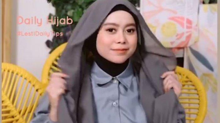 Tutorial Hijab Ala Lesti Kejora Yang Simpel Tapi Tetap Stylish Mudah Ditiru Tribun Jambi