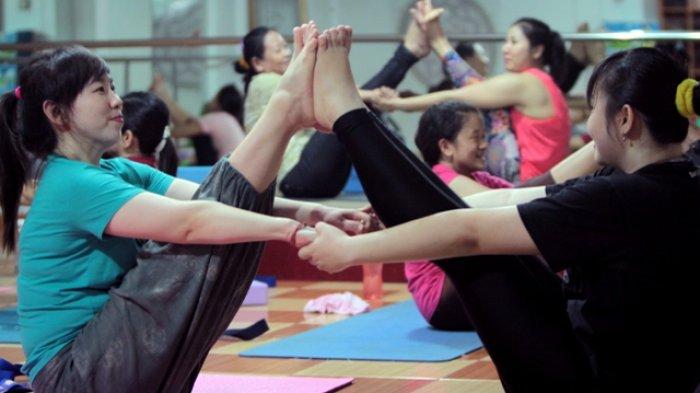 Face Yoga Yang Banyak Manfaatnya Untuk Kesehatan Kulit Wajah