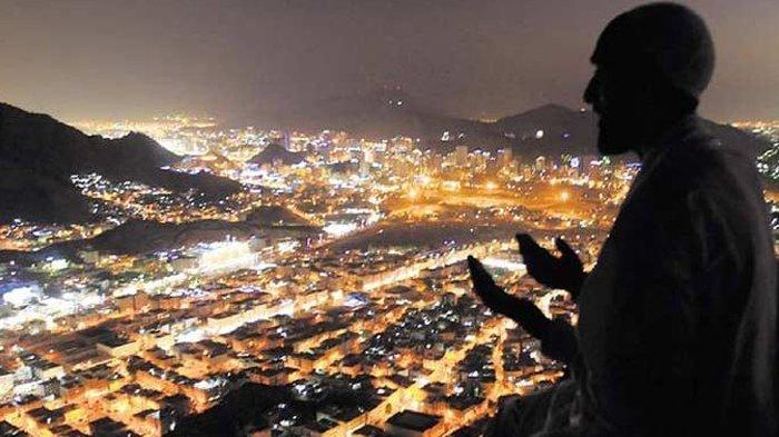 Doa Jelang Tutup Tahun 2019 dan Sambut Tahun Baru 2020 Lengkap Bahasa Arab dan Bahasa Latinnya
