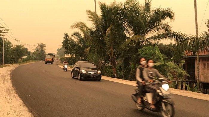 Kabut Asap di Muarojambi Makin Parah, Warga Mengeluh Sesak Nafas Meski Pakai Masker