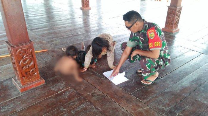 Cerita Kapten Inf Yudha Mengajar Anak-anak SAD di Lokasi TMMD