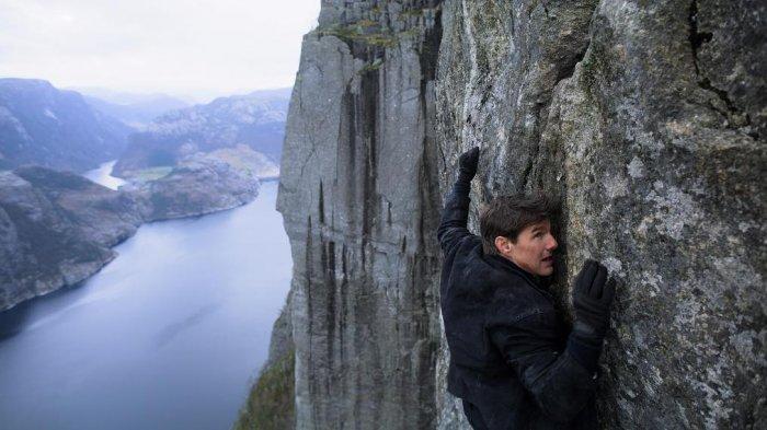 Tom Cruise Murka Karena Kru Mission: Impossible 7 Langgar Protokol Covid-19