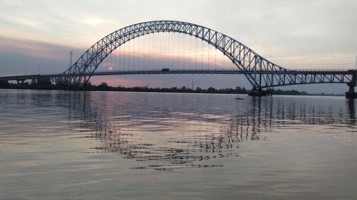 Jembatan Muara Sabak Ditabrak Ponton Batu Bara, Kementerian PUPR Siapkan Dana Perbaikan Rp18 Miliar