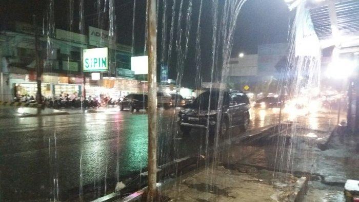 15022018_hujan-lebat_20180215_231947.jpg