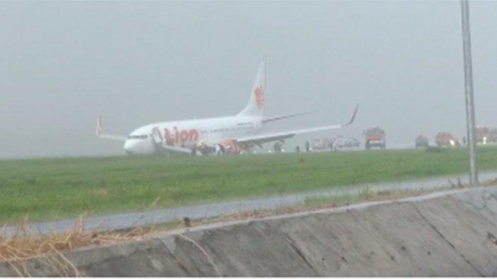 Pesawat Lion Air dari BatamTergelincir di Bandara Radin Inten II Lampung, Seluruh Penumpang Selamat