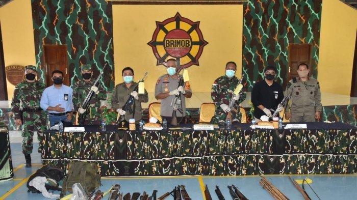 Sniper KKB Pimpinan Lekagak Telenggen Ditembak Aparat Gabungan, Senjata Laras Panjang Disita