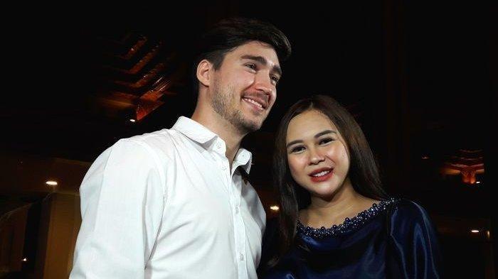 Sindiran Telak Aura Kasih untuk Eryck Amaral yang Rindukan Putrinya: Kalau Sudah Heboh Baru Nongol