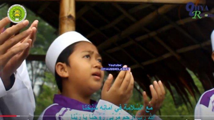 Bacaan Sholawat Nabi,Sholawat Ibrohimiyah, Nariyah dan Tibbil Qulub