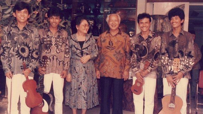 Bu Tien Ulang Tahun, Presiden Soeharto Undang 4 Pengamen, Hanya Berawal dari Hormat Ala tentara