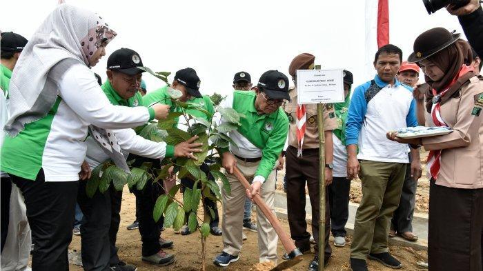 Gubernur Jambi Fachrori Umar Apresiasi dan Motivasi Rimbawan Lestarikan Hutan