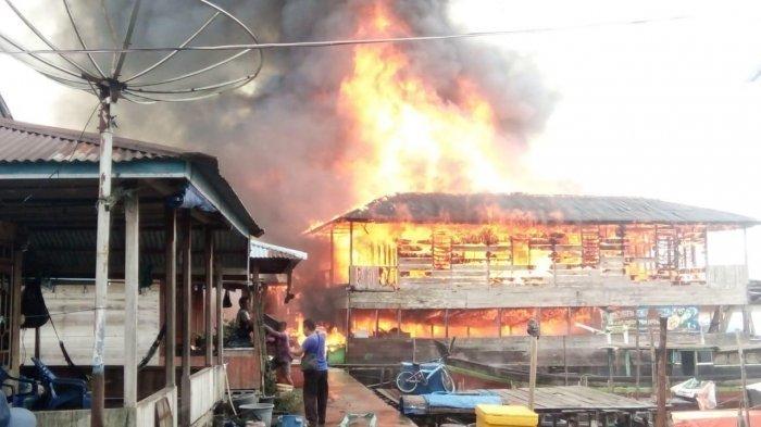 15 Rumah di Nipah Panjang Jambi Habis Terbakar, Api Diduga dari Bangsal Ikan Nelayan