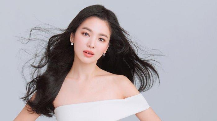 Ulang Tahun Song Hye Kyo Hari Ini, Yuk Intip Perjalanan Karir dan Kisah Asmara Sang Artis