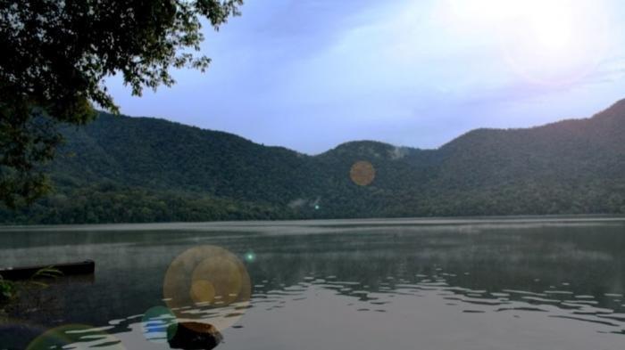 Objek Wisata Danau Depati Empat, Wisata Merangin Lokasinya Sangat Indah dan Historis