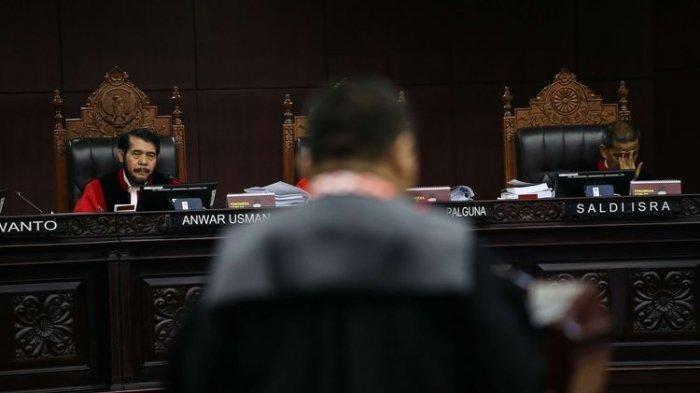 Jelang Putusan MK - Prediksi Sejumlah Pengamat hingga Rekonsiliasi Prabowo-Jokowi