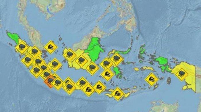 Peringatan Dini BMKG Sabtu (25/1) - Hujan Disertai Angin & Petir, Gelombang Tinggi Masih Berpotensi
