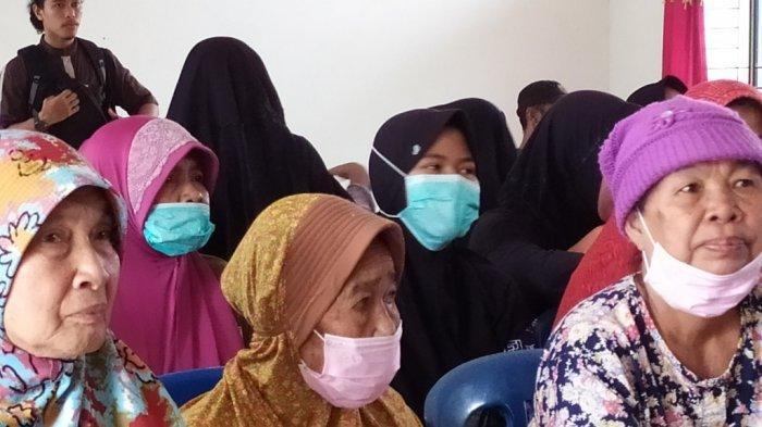 Dampak Kabut Asap, Warga Muarojambi Diserang Batuk, Sesak Napas hingga Diare