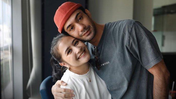 Prilly Latuconsina Tak Sabar Jadi Istri Reza Rahardian, Melly Goeslow : Semoga Langgeng ya