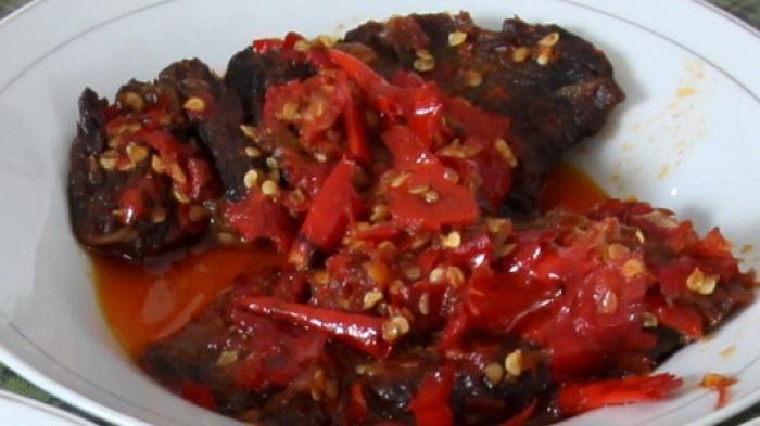 Resep Daging Balado, Baiknya Cabai Diulek dengan Tangan
