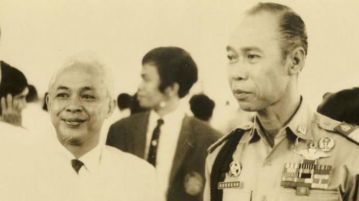 Yogyakarta 1970, Sumarijem Diseret Beberapa Pria ke Mobil, Kisah Kapolri Hoegeng 'Dipensiun Cepat'