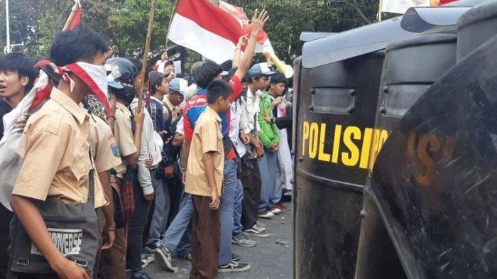 Ikut Demo di Jakarta, Kenapa Pelajar 'Lebih Berani' Dibandingkan Mahasiswa?