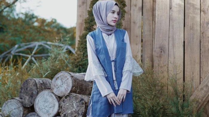 Tampil Modis dengan Model Atasan Hijab untuk Wanita Milenial Layer,  Mau Etnik, Tunik atau Vintage?