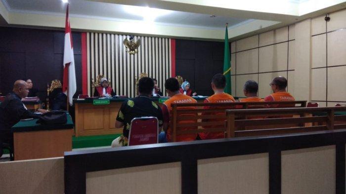WNA Penyelundup 113.412 Benih Lobster di Jambi Divonis 3 Tahun Penjara
