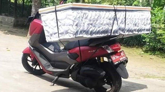 Viral Kades di Klaten Angkut Peti Mati Pakai Motor Dinas Sejauh 15 KM