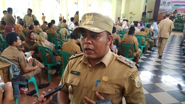 Proyek Tak Rampung, Robby Ancam Putus Kontrak Rekanan