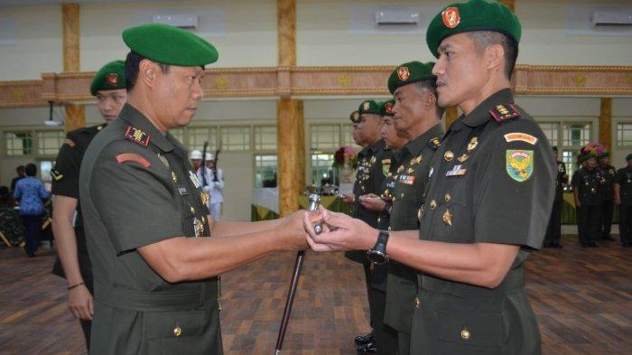 3-komandan-kodim-dan-1-perwira-menengah-pamen-jajaran-korem-042gapu-diganti.jpg