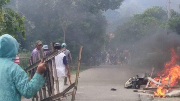 Kades Curhat ke Plt Gubernur, Sebut Korban Kerusuhan Belum Dapat Bantuan, Bupati Bilang Begini