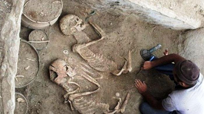 Kuburan Berusia 5000 Tahun Mengungkap Pasangan