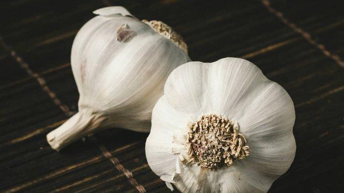 Cara Menurunkan Darah Tinggi dengan Bawang Putih, Konsumsi Bawang Putih Kukus Dua Kali Sehari
