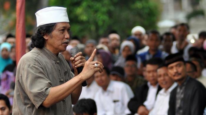 Potongan Video Emha Ainun Najib 'Hina Jika ke Istana' Jadi Viral, Ini Tanggapan Cak Nun