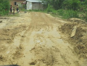 Jalan Batang Asai Butuh Perhatian