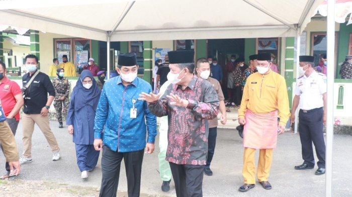 Didampingi Bupati Tanjab Barat Anwar Sadat, Wagub Jambi Kunjungi Lokasi MTQ ke-50