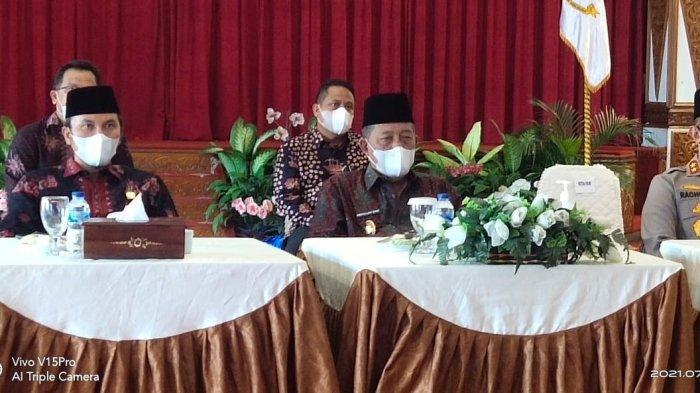 Wakil Gubernur Jambi Abdullah Sani Ikuti Pray From Home Secara Virtual