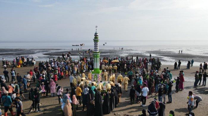 Festival Mandi Safar di Tanjab Timur Tetap Meriah Meski Digelar Sederhana