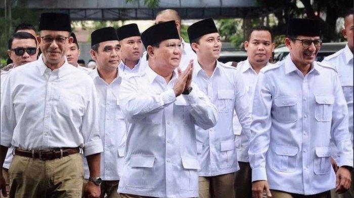 DPD Partai Gerindra DKI Jakarta mengungkapkan adanya pertemuan antara Gubernur DKI Jakarta Anies Baswedan dengan Menteri Pertahanan RI Prabowo Subianto beberapa waktu lalu. Foto dok: Anies Baswedan dan Sandiaga Uno saat mendampingi Prabowo Subianto.